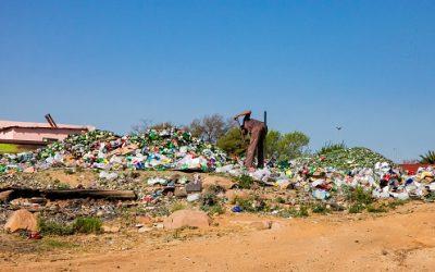 La basura de África se acumula sin un lugar a donde ir